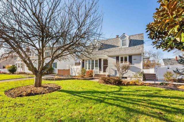 88 Lakeview Drive, Allentown, NJ 08501 (MLS #22042333) :: The Sikora Group