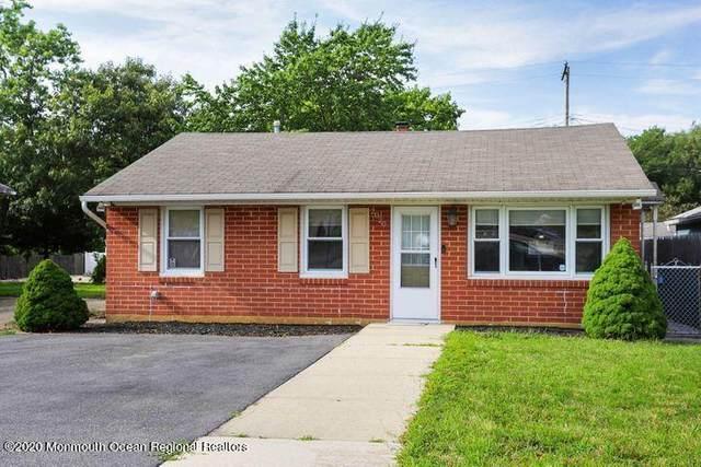 2020 Adams Avenue, Toms River, NJ 08753 (MLS #22043993) :: William Hagan Group