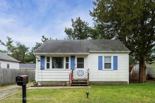 135 Division Street, Toms River, NJ 08753 (MLS #22044046) :: The DeMoro Realty Group   Keller Williams Realty West Monmouth