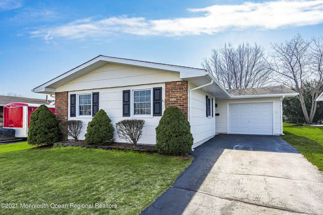 4 Lowell Court, Brick, NJ 08724 (MLS #22100864) :: William Hagan Group