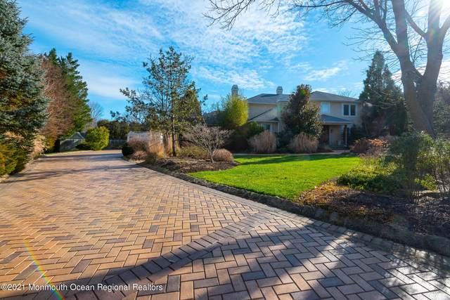 37 Wakefield Court, Shrewsbury Boro, NJ 07702 (MLS #22101177) :: Provident Legacy Real Estate Services, LLC