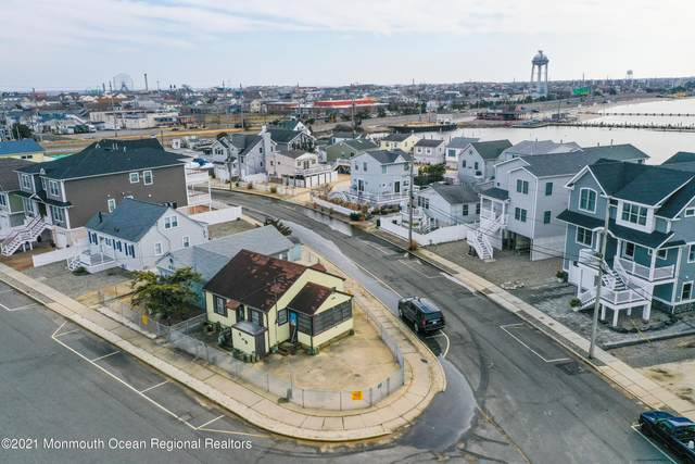 437 Hiering Avenue, Seaside Heights, NJ 08751 (MLS #22101242) :: William Hagan Group