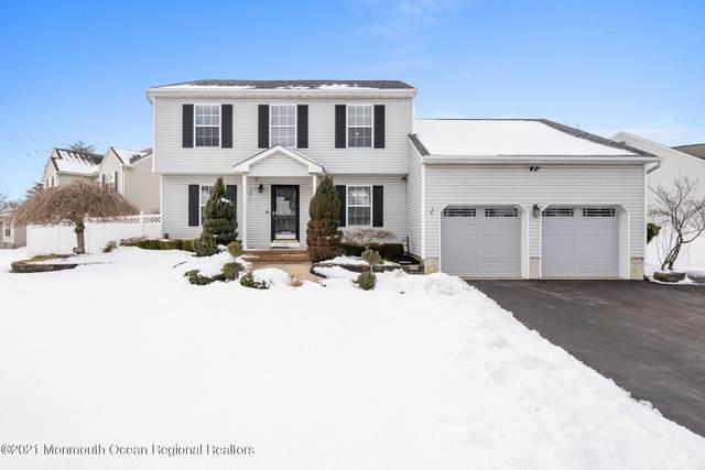 20 Clover Hill Drive, Jackson, NJ 08527 (MLS #22103877) :: William Hagan Group