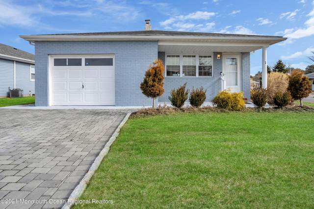 1 San Juan Court, Toms River, NJ 08757 (MLS #22104781) :: William Hagan Group