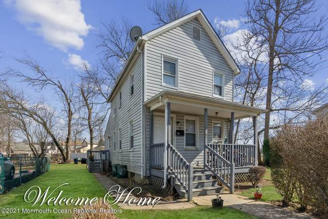 6 1st Street, Freehold, NJ 07728 (MLS #22105702) :: The MEEHAN Group of RE/MAX New Beginnings Realty