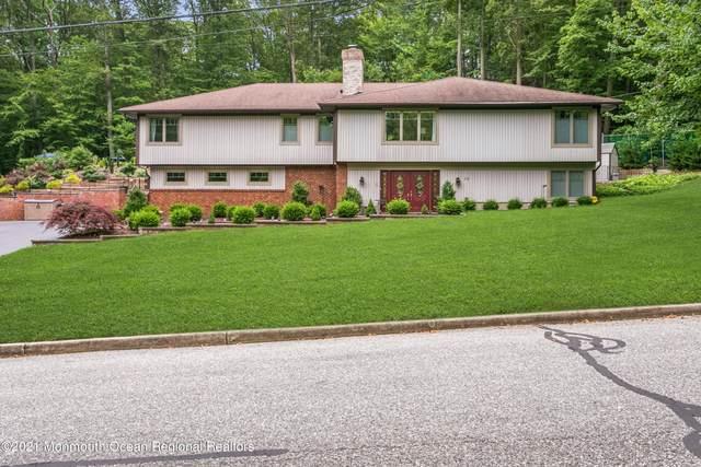 15 E Brook Drive, Holmdel, NJ 07733 (MLS #22107060) :: Provident Legacy Real Estate Services, LLC