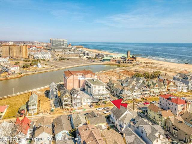 17 Seaview Avenue #8, Ocean Grove, NJ 07756 (MLS #22107345) :: The Ventre Team