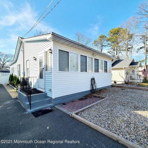 204 Fischer Boulevard, Toms River, NJ 08753 (MLS #22107523) :: The MEEHAN Group of RE/MAX New Beginnings Realty