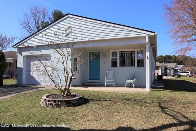 9 Wedgeport Drive, Toms River, NJ 08757 (MLS #22109000) :: Provident Legacy Real Estate Services, LLC