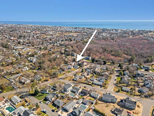 1325 Bay Avenue, Point Pleasant, NJ 08742 (MLS #22109093) :: The MEEHAN Group of RE/MAX New Beginnings Realty
