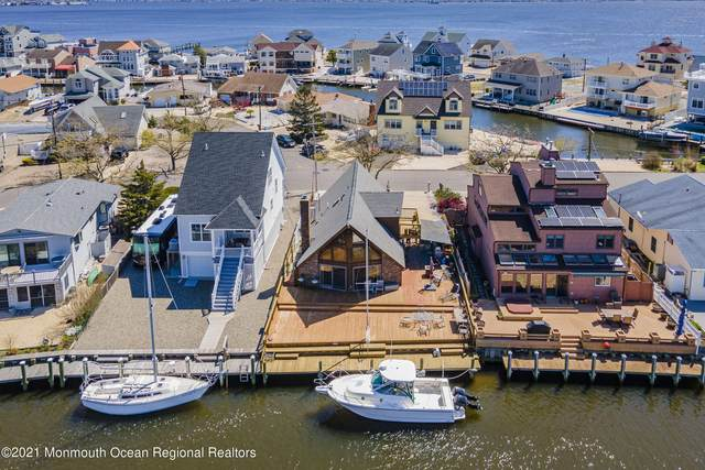 19 Osprey Drive, Toms River, NJ 08753 (MLS #22113087) :: Kiliszek Real Estate Experts