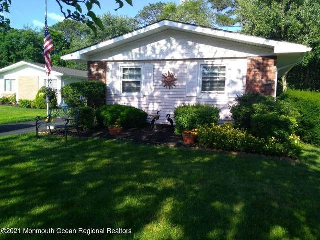 4 Browning Court, Brick, NJ 08724 (MLS #22114288) :: Corcoran Baer & McIntosh