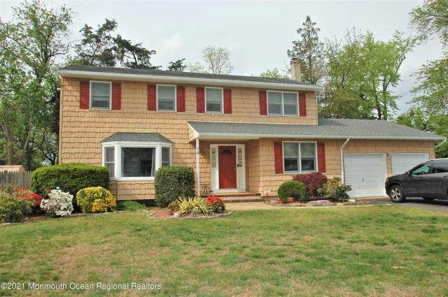 18 Millen Drive, Toms River, NJ 08753 (MLS #22114341) :: The MEEHAN Group of RE/MAX New Beginnings Realty