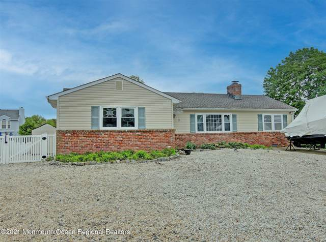 29 Longpoint Drive, Brick, NJ 08723 (MLS #22114455) :: Kiliszek Real Estate Experts