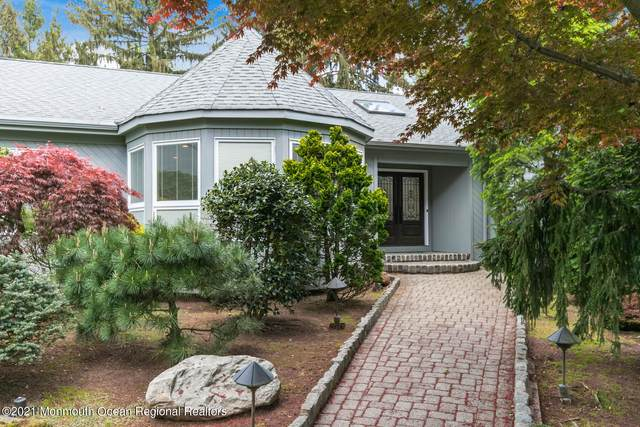 19 Seagull Lane, Lincroft, NJ 07738 (MLS #22114510) :: Corcoran Baer & McIntosh