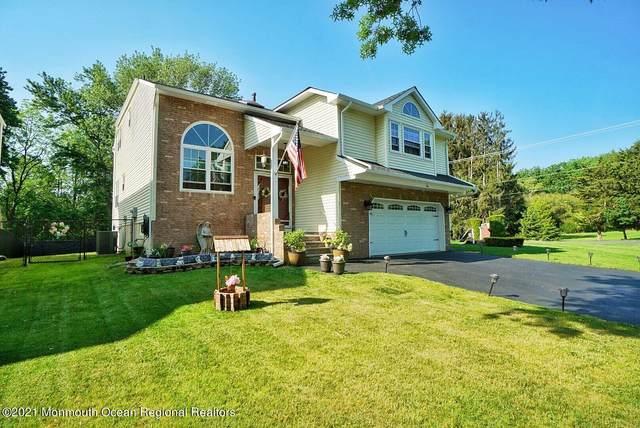 1 Pemberton Drive, Matawan, NJ 07747 (MLS #22116035) :: The DeMoro Realty Group | Keller Williams Realty West Monmouth