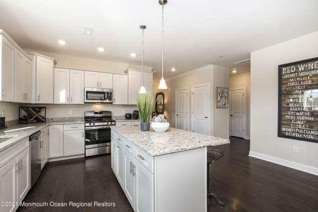 20 Woodside Lane, Whiting, NJ 08759 (MLS #22116310) :: PORTERPLUS REALTY