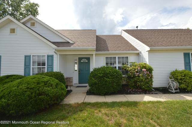 2744 Meadow Lake Drive, Toms River, NJ 08755 (MLS #22117898) :: Caitlyn Mulligan with RE/MAX Revolution