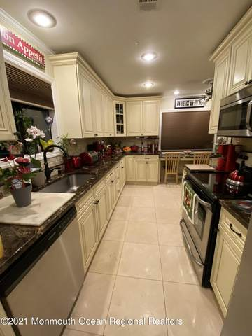 73 Overlook Way D, Manalapan, NJ 07726 (MLS #22118924) :: The DeMoro Realty Group | Keller Williams Realty West Monmouth
