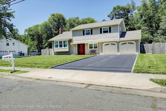 10 Longfellow Terrace, Morganville, NJ 07751 (MLS #22119580) :: The MEEHAN Group of RE/MAX New Beginnings Realty