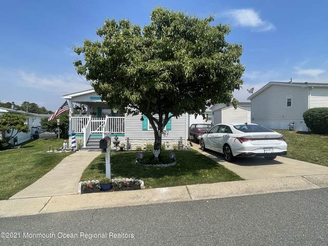 36 Pine Ridge Boulevard, Whiting, NJ 08759 (#22119872) :: Rowack Real Estate Team