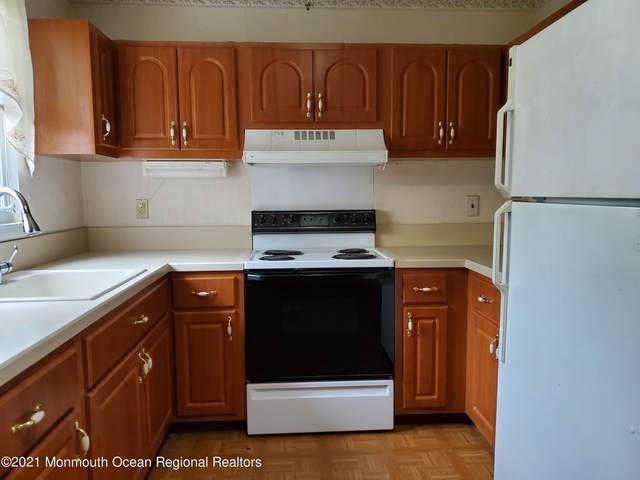 5 Mohigan B, Whiting, NJ 08759 (MLS #22120198) :: The Sikora Group