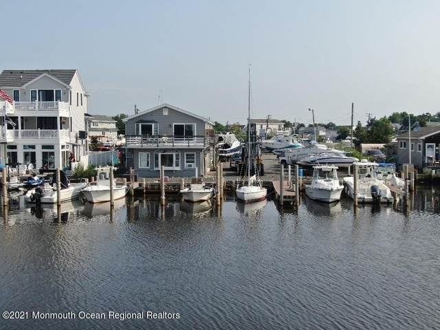 483 E Bay Avenue, Barnegat, NJ 08005 (MLS #22121537) :: The MEEHAN Group of RE/MAX New Beginnings Realty