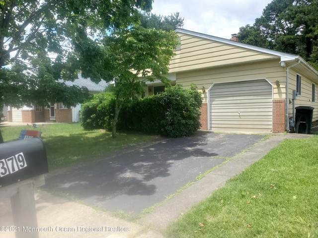 379 Costa Mesa Drive, Toms River, NJ 08757 (MLS #22122279) :: The MEEHAN Group of RE/MAX New Beginnings Realty