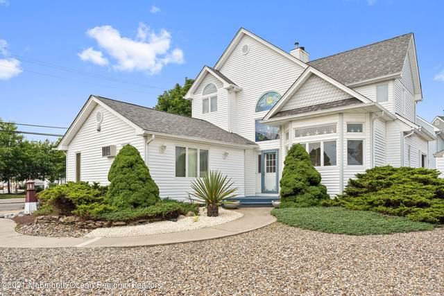 201 Clew Court, Bayville, NJ 08721 (MLS #22122605) :: The MEEHAN Group of RE/MAX New Beginnings Realty
