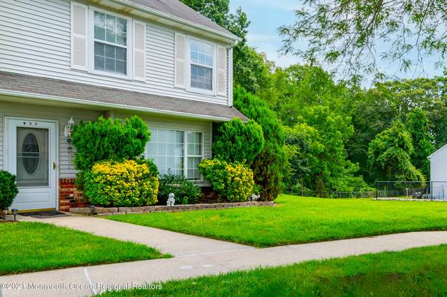 105 Joan Court, Jackson, NJ 08527 (MLS #22122861) :: PORTERPLUS REALTY