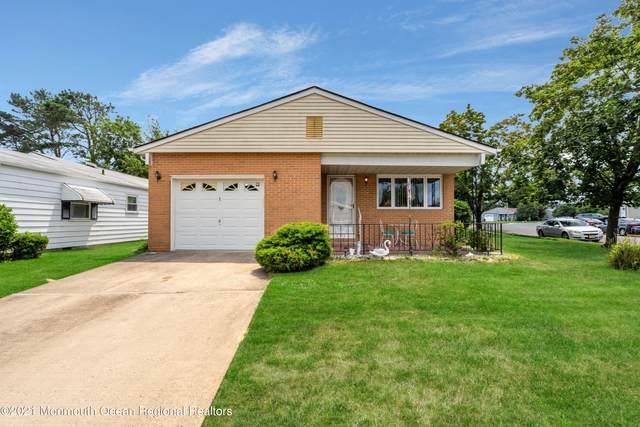 1 Speighstown Place, Toms River, NJ 08757 (MLS #22123237) :: Kiliszek Real Estate Experts