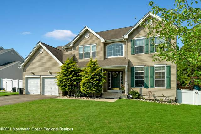 19 Cape Cod Avenue, Barnegat, NJ 08005 (MLS #22123259) :: The Dekanski Home Selling Team