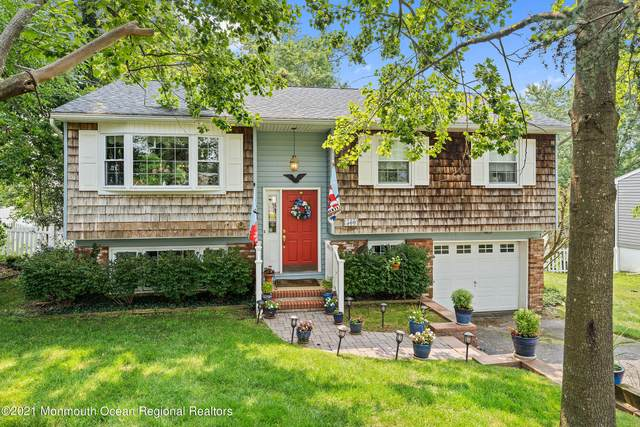 560 Smith Drive, Point Pleasant, NJ 08742 (MLS #22123541) :: The MEEHAN Group of RE/MAX New Beginnings Realty