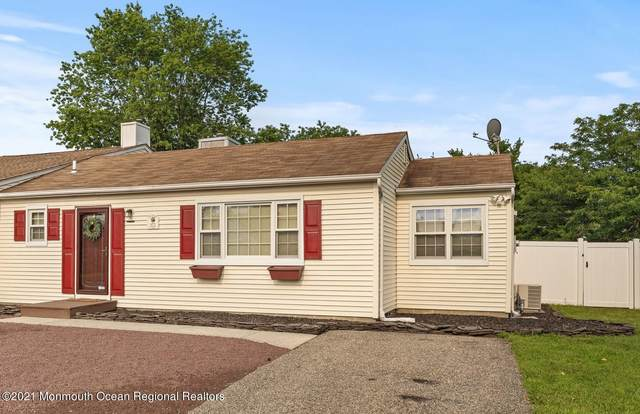 572 Constable Place, Toms River, NJ 08753 (MLS #22123675) :: Caitlyn Mulligan with RE/MAX Revolution
