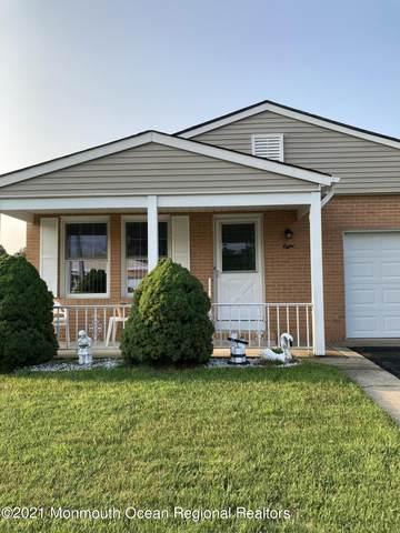 8 Saint Clande Way, Toms River, NJ 08757 (MLS #22124007) :: Kiliszek Real Estate Experts