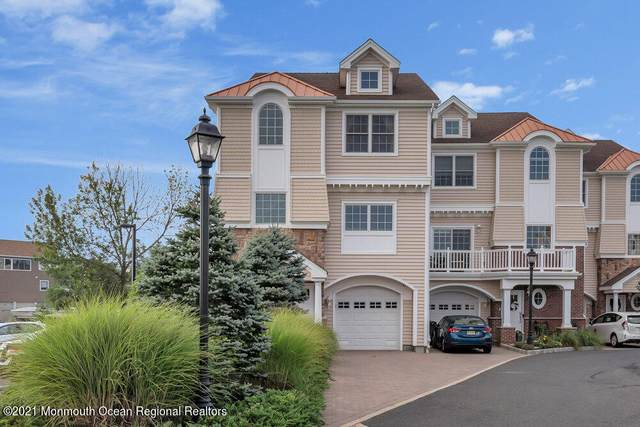 201 Gateway Court #1, Union Beach, NJ 07735 (MLS #22124103) :: The MEEHAN Group of RE/MAX New Beginnings Realty