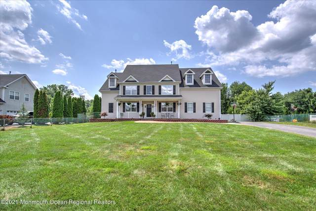 55 Greenwich Drive, Jackson, NJ 08527 (MLS #22124288) :: The MEEHAN Group of RE/MAX New Beginnings Realty
