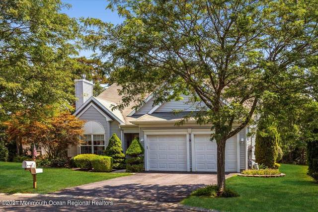 4 Pine Valley Court, Lakewood, NJ 08701 (MLS #22124348) :: Caitlyn Mulligan with RE/MAX Revolution