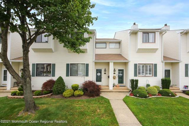 373 Middlewood Road, Middletown, NJ 07748 (MLS #22124859) :: The MEEHAN Group of RE/MAX New Beginnings Realty