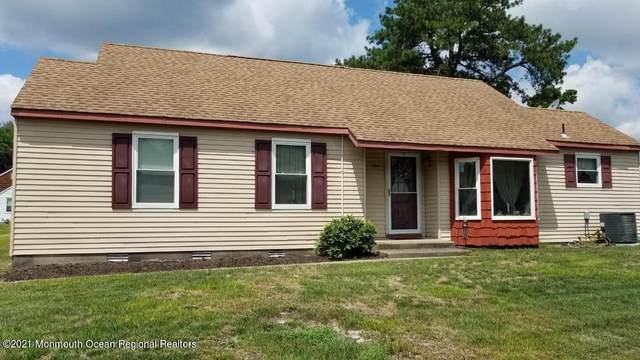 16-D Ashley Road, Whiting, NJ 08759 (MLS #22125115) :: The MEEHAN Group of RE/MAX New Beginnings Realty
