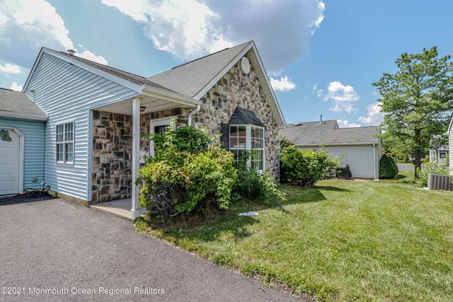 11 Ivy Ridge Close, Freehold, NJ 07728 (#22125638) :: Rowack Real Estate Team