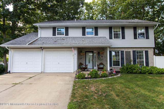 5 Iowa Court, Jackson, NJ 08527 (MLS #22128552) :: The MEEHAN Group of RE/MAX New Beginnings Realty
