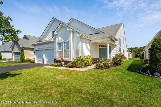 28 Eagle Ridge Circle, Lakewood, NJ 08701 (#22129895) :: Rowack Real Estate Team