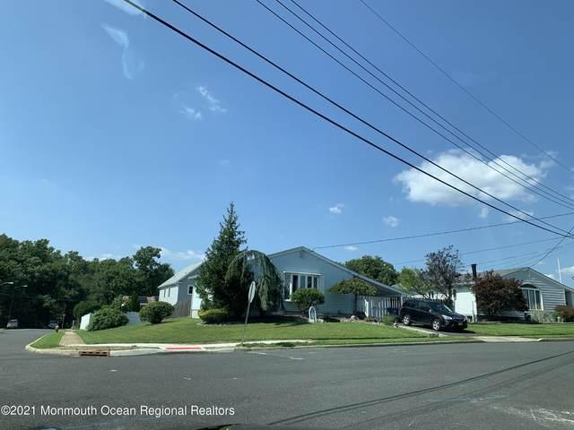 79 Woodshore W, Keyport, NJ 07735 (MLS #22130654) :: William Hagan Group