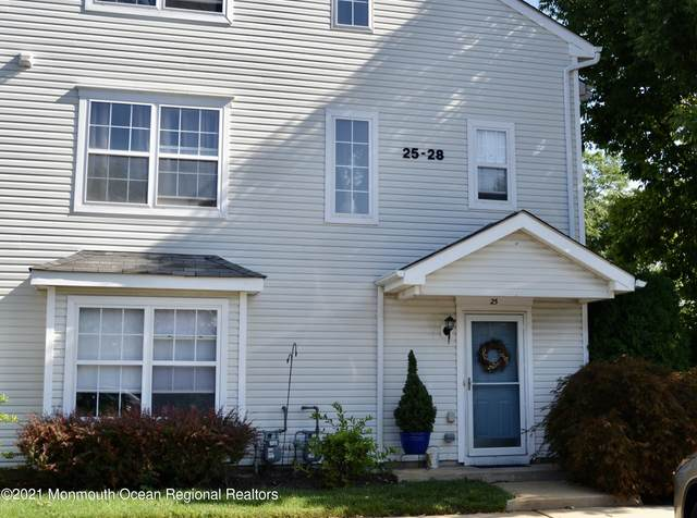 25 Watson Court #1000, Howell, NJ 07731 (MLS #22131122) :: The CG Group   RE/MAX Revolution