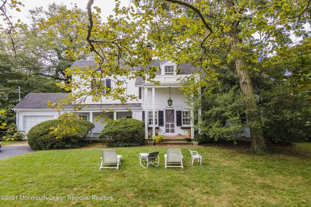 15 Grange Walk, Fair Haven, NJ 07704 (MLS #22131124) :: William Hagan Group