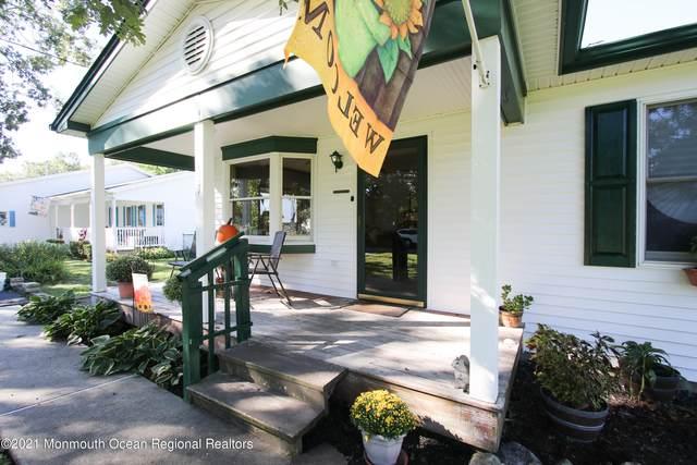 137 Sextant Road, Manahawkin, NJ 08050 (MLS #22131528) :: The MEEHAN Group of RE/MAX New Beginnings Realty