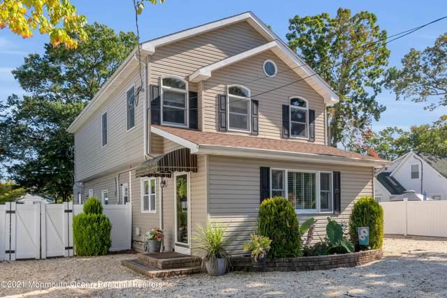 129 Fischer Boulevard, Toms River, NJ 08753 (MLS #22133351) :: William Hagan Group