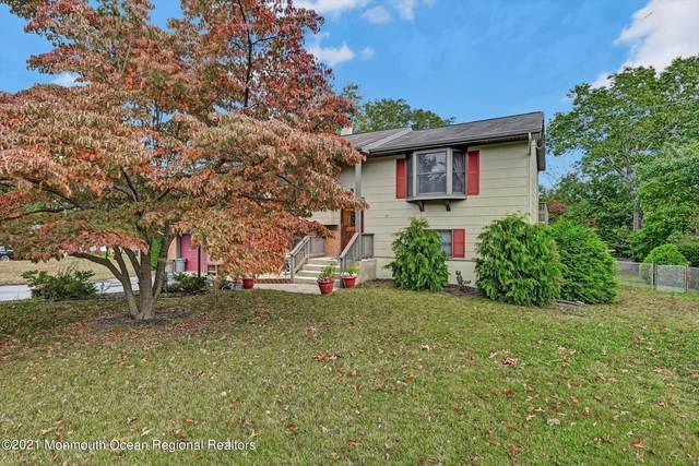 1 Southgate Drive, Howell, NJ 07731 (MLS #22134231) :: William Hagan Group