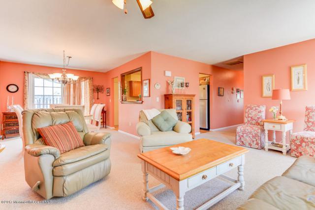 12 Elizabeth Court, Howell, NJ 07731 (MLS #21716409) :: The Dekanski Home Selling Team